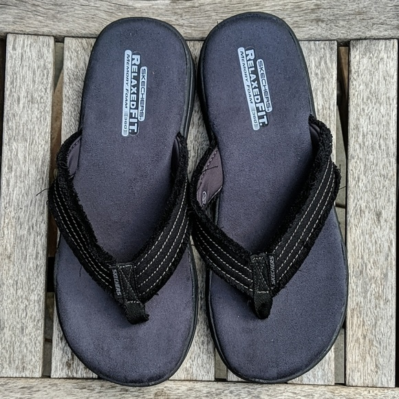 Nwot Skechers Relaxed Fit Memory Foam